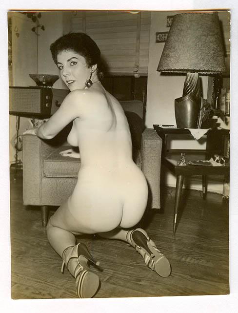 naked huge girls with huge boobs